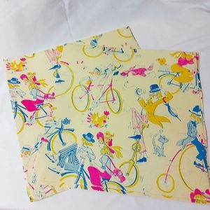 Vintage 70s Gift Wrapping Paper 2 Sheets